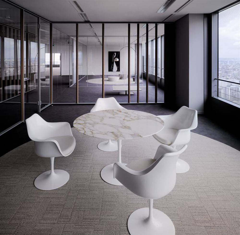 mobilier tables table tulipe saarinen arrivetz. Black Bedroom Furniture Sets. Home Design Ideas